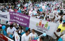 Marchan en México en contra de matrimonio homosexual