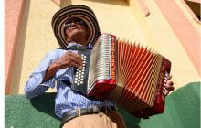 Pedro Romero, de 86 años, fue el participante más veterano en la categoría Primaveras del Ayer, en el Festival Cuna de Acordeones 2016.