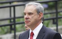 Rodrigo Escobar Gil en la Fiscalía.