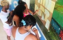 Jóvenes que participan en la iniciativa de la fundación.