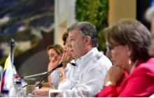 """""""No se levanten hasta evacuar temas del Acuerdo"""": Santos"""