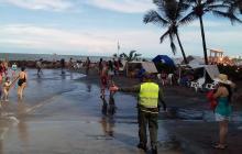 Autoridades de Cartagena inspeccionan playas tras restricciones a bañistas por 'Otto'