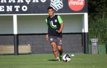 Michael Ortega en un entrenamiento con el Figueirense de Brasil.