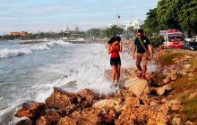 Restringen zarpe de embarcaciones e ingreso de bañistas por fuertes vientos en Cartagena