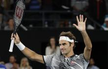 Federer supera a Zverev y se cita con Wawrinka en la semifinal