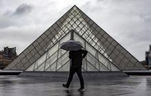 El estado de salud del agresor del Louvre todavía no permite interrogarlo