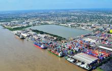 Por fuertes vientos, restringen operaciones en puerto de Barranquilla