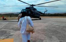 La misión médica antes de subir al helicóptero que los llevaría a la Sierra Nevada.
