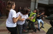 En video | Periodista de Caracol relata agresión de militares venezolanos