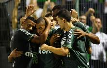 El equipo Chapecoense celebra uno de los tantos marcados durante el partido de este martes.