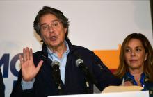 """Lasso pide formalmente recuento de """"todos los votos"""" en Ecuador"""