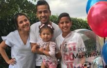 Dayana Jaimes, esposa de Martín Elías junto al fallecido cantante y sus dos hijos, Paula y Martin Jr.