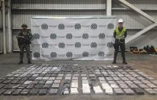 Policía halla 191 kilos de base de coca en Terminal Portuario de Barranquilla