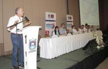 El gobernador del Atlántico, Eduardo Verano, durante su intervención en la reunión efectuada en Santa Marta.