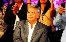 Presidente de Ecuador despoja de sus  funciones a su 'vice' y desata crisis política