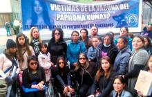 Padres de familia de niñas afectadas por la vacuna del VPH y de la Asociación Reconstruyendo Esperanza.