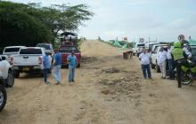 Autoridades inspeccionan obras en la Vía de la Prosperidad