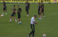 El técnico Tite durante el entrenamiento de Brasil.