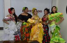 Las participantes del reinado del Carnaval de la 44 Katherín Salazar, Andrea De Alba, Estefanía Pardo, Joice Navarro y Johana Gutiérrez.
