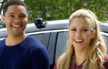 Trevor Noah y Shakira en el décimo episodio de