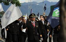 Marcha de pilotos de Avianca por la avenida El Dorado.