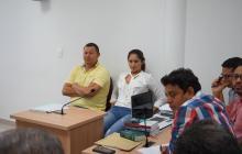 Mauricio Sierra, conductor, y Yerlin Galindo, esposa del ganadero, ayer en la audiencia en Corozal.