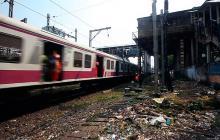 Mueren 22 personas en estampida en Bombay
