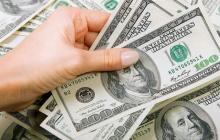 Dólar frenó la subida, pero se mantiene por encima de $3.000