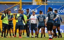 Honduras sale por  el primer golpe del repechaje ante Australia