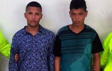 Caen dos hermanos señalados de atacar a bala y a puñal a joven de 18 años