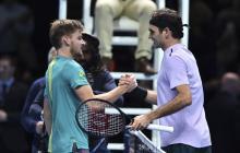 Goffin sorprende a Federer en semifinales del Masters de Londres