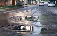 Lupa al hueco   Usuarios de Wasapea reportan daños en las vías de Barranquilla
