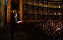 Presidente Santos este viernes durante la celebración del aniversario de la firma del Acuerdo Final en el Teatro Colón.