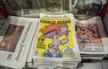"""Portada de la revista """"Charlie Hebdo"""" en versión alemana."""