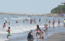 Playas, sitios más frecuentados ayer para el desenguayabe