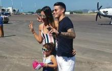James Rodríguez, Daniela Ospina y su hija a su llegada a Santa Marta.