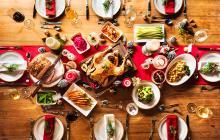 Entre las recomendaciones para esta época del año se encuentran no abandonar la rutina de ejercicios y evitar comer a deshoras.