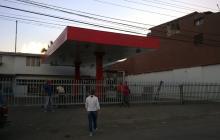 Gobierno venezolano fija topes para venta de gasolina
