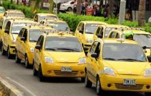 AMB rebaja en un 70% costo del trámite de reposición de taxis