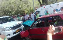 En video | Choque de dos vehículos en Valledupar deja seis personas heridas
