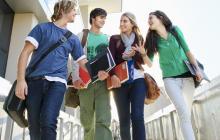 Becas y créditos para estudiar en el exterior