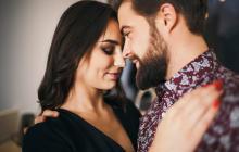 ¿Necesita disminuir el estrés?  Huela a su pareja
