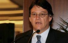 Equipo negociador de paz con Eln no viajará a Quito: Gustavo Bell