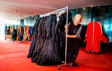 Ópera de Amsterdam subasta más de 4.000 vestidos