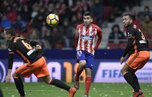 Atlético gana 1 – 0 al Valencia y se acerca al Barcelona