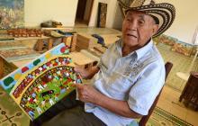 El pintor primitivista que se pasea por Barranquilla