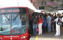 Abandonan explosivo en bus de Transmilenio de Suba