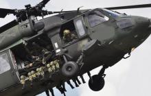 Un helicóptero, como este Black Hawk UH-60 del Ejército Nacional, fue atacado.