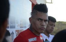 Jonatan Álvez atendió ayer a los medios antes de la práctica vespertina del Junior.