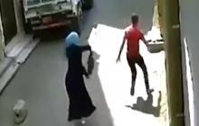 En video | Así fue la reacción de una joven egipcia tras ser acosada por un hombre